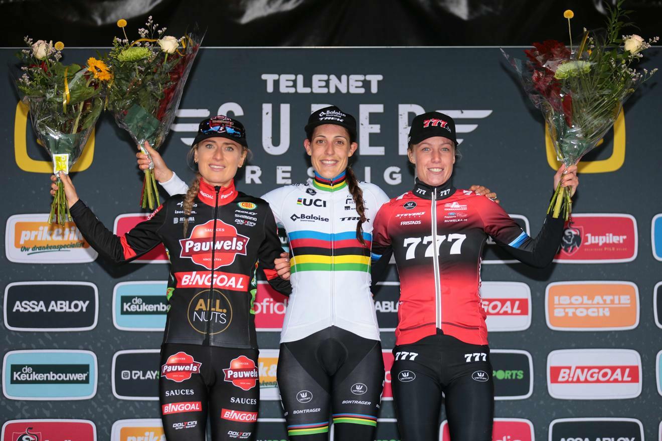 Lucinda Brand wint eerste manche van Telenet Superprestige